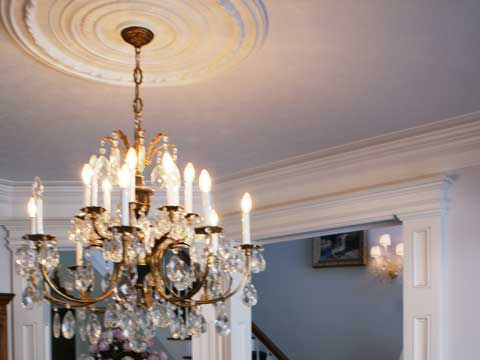 chandelier_ceiling_medallions_com